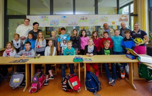 Gewinner des 1. Geschichtspreises des Förderverein Burg Mark - Klasse 4b der Maximilian Grundschule zu Hamm Uentrop / Werries